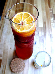 meyer lemonade with fresh strawberries and ginger ale - by chotda