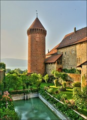 Castle of Estavayer (Fribourg, Switzerland) (Lionoche) Tags: sunset switzerland suisse fribourg chateau schloss hdr burg medevial estavayer interestingness363 i500 judgementday52 medievalcastle genevalunch castleofestavayer chteaudestavayer chateauestavayer