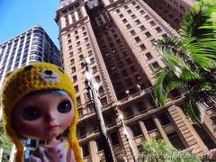 Cora, visitando o Edifício Martinelli, primeiro arranha-céu de São Paulo.