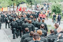 G7 Demo - Love and Peace (mcPhotoArts) Tags: germany bayern deutschland bavaria oberbayern location demonstration orte ereignisse garmisch garmischpartenkirchen partenkirchen elmau landkreisgarmischpartenkirchen g7gipfel gapaland ffgapashow gruppedersieben g7gipfelelmau