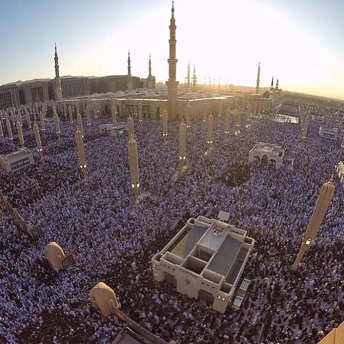 Madinah....ramai foooool 3 sawal 1436H.🌙 19 juli 2015