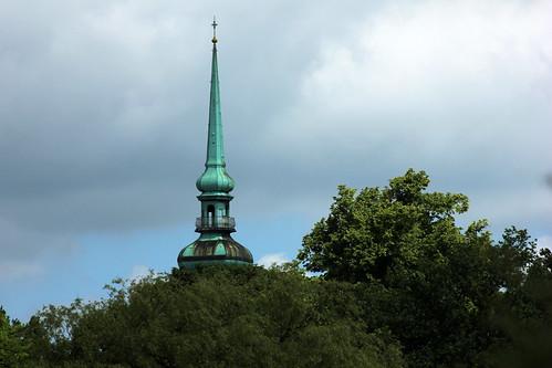 "Lutherkirche Kiel (01) • <a style=""font-size:0.8em;"" href=""http://www.flickr.com/photos/69570948@N04/19302067305/"" target=""_blank"">Auf Flickr ansehen</a>"