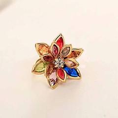 แหวนแฟชั่นเกาหลี รูปดอกไม้ประดับคริสตัลสังเคราะห์หลากสีทองแท้เนื้อ 14K นำเข้า ไซส์6.5 สีทอง - พร้อมส่งW325 ราคา750บาท ดีไซน์รูปดอกไม้บานแย้มใหม่ล่าสุดไซส์6.5 แหวนเนื้อทองคำแท้14Kประดับคริสตัลหลากสีใส่แล้วสวยมาก แหวนสามารถปรับขนาดให้ขยายกว้างขึ้นได้เล็กน้อ