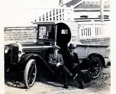 Vintage Dairy Delivery Truck (NZGandG) Tags: dairytruck milkvan dairyman meanee napier hawkesbay vintagecar