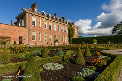Hanbury Hall (Holfo) Tags: nationaltrust hanburyhall statelyhome gardens topiary nikon autumnlight mansion house outdoor manor building architecture d750