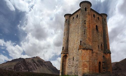"Torres legendarias / Faros, minaretes, campanarios, rascacielos • <a style=""font-size:0.8em;"" href=""http://www.flickr.com/photos/30735181@N00/31722253683/"" target=""_blank"">View on Flickr</a>"