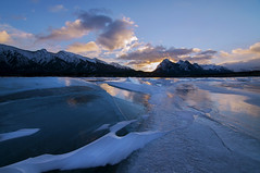 Nice Ice (Len Langevin) Tags: abrahamlake rocky mountains frozen ice winter rockies alberta canada sunrise amanacer cold nature nikon d300s tokina 1116