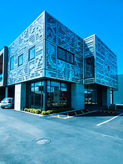 Let's Play Snakes and Ladders (Steve Taylor (Photography)) Tags: art architecture building carpark wall window blue metal newzealand nz southisland canterbury christchurch city design square pattern car automobile sky facade