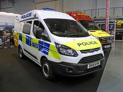 BX15KYR (Emergency_Vehicles) Tags: ford police transit custom metropolitan cbu macneillie bx15kyr