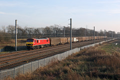 90019 Winwick 14th December 2016 (John Eyres) Tags: 90019 approaching winwick jct with 4s02 warrington rmt shieldmuir 141216