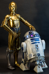 Sideshow C-3PO and R2-D2 (edwicks_toybox) Tags: 16scale c3po anewhope anthonydaniels droids kennybaker r2d2 sideshowtoys starwars