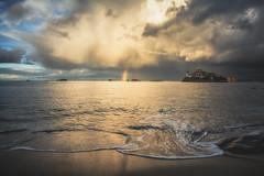 A place for the light (Francois Le Rumeur) Tags: storm arc en ciel nuage carantec bretagne brittany france nikon d7100 hd 4k paysage baie bay morlaix seascape cloudy beach plage light greatphotographers rainbow