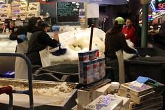 pj2 (johnneer) Tags: pikeplace market fish city seattle