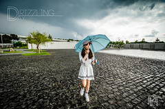 Drizzling Day (Alison TangPH) Tags: 農禪寺 清水混凝土 雨天 raining drizzling girls snap temple taiwam taipei
