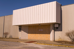 Former Sears (Nicholas Eckhart) Tags: ohio usa abandoned retail america mall dead us closed sears cleveland departmentstore vacant oh former stores 2015 deadmall randallpark northrandall