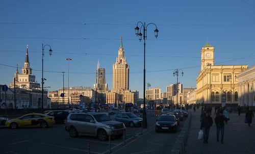 Комсомольская площадь / Komsomolskaya Square ©  sovraskin