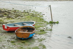 Waiting for the tide..... (Charles Smallman) Tags: isleofwight rowboat dinghy buoyant clinkerbuilt riveryar nikond700 charlessmallman