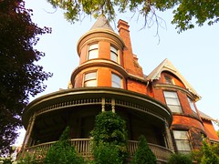 Queen Anne House With Turret / 254 Bay Street South .... Durand District .... Hamilton, Ontario (Greg's Southern Ontario (catching Up Slowly)) Tags: house tower architecture veranda verandah turret durand hamiltonontario thehammer canadianarchitecture queenannestyle 1890sarchitecture 254baystreetsouth durandhamiltonontario