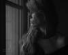 En regardant et attendant...  (Watching and waiting...) (l'imagerie poétique) Tags: limageriepoétique poeticimagery windowlight sidelight parisianwindowsseries collier necklace épaule shoulder