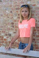 Zoë - age 13 (RURO photography) Tags: selfie mädchen fille meisje girl skulgirl schoolmeisje schoolgirl tiener teenager teenagegirl preteen 13 zoë belgium belgië lier selfieprincess pink jeans jeansvest zonnebril sunglasses sexy piercing navelpiercing