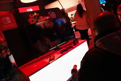 Nintendo Switch Event in New York City - January 2017 (raystrazdas) Tags: nintendoswitch nintendo switch video games new york city gaming console game legend zelda breath wild super mario odyssey street fighter splatoon sonicmania sonic mania sonicthehedgehog hands preview event
