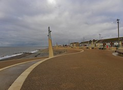 The sea front at Cleveleys (Eddie Crutchley) Tags: europe england lancashire cleveleys outdoor coast seaside cloudysky