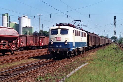 DB 140 318-7 in Lengerich op 2-6-2000 (SCAN)