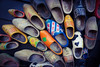 Dutch Shoes 🇳🇱 (Christian Passi - Steher82) Tags: shoes shoe schuhe schuh clogs dutch niederlande holland netherland zaanseschans friesland fryslan orange holzschuh holzschuhe holz wood photo photography flickr 2016 märz march noordholland sammlung outdoor