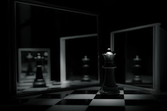 fugue (mira g (northy)) Tags: dogwood2017 dogwood52 dogwoodweek4 chess chessboard chesspiece queen reflection mirrors mirror fugue