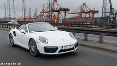 Porsche Cayenne Diesel vs Porsche 911 Turbo S 991_2-1340475