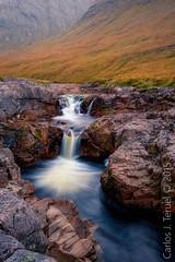 Abhainn Èite (Carlos J. Teruel) Tags: rock nikonafsnikkor1835mmf3545ged landscape riveretive le 1835 rocas highland gnd scotland xaviersam rio glencoe carlosjteruel glenetive abhainnèite waterfalls nikon nikon1835 d800e photography