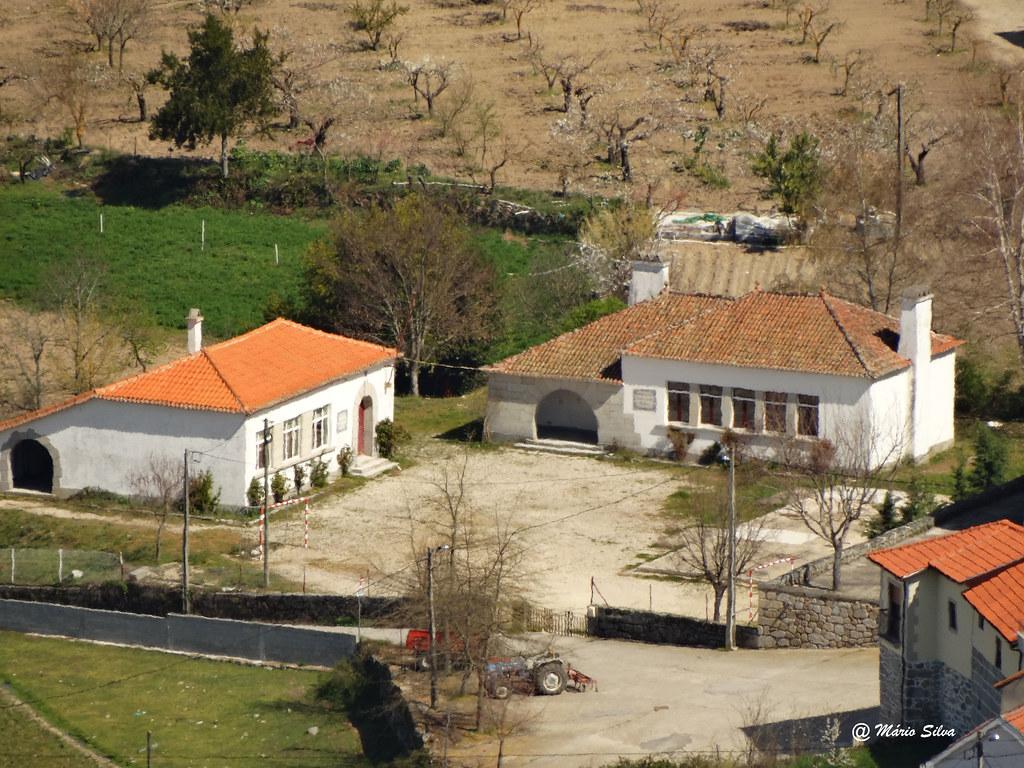 Águas Frias (Chaves) - Escola e Cantina (agora desativadas)