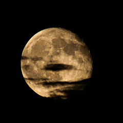 Moon 8-1 over Needles (theeqwlzr) Tags: moon blackbackground clouds nightsky southerncalifornia lunar canonrebelxti needlescalifornia