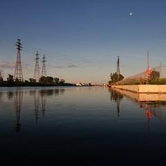 WayHome (Michael Mitchener) Tags: toronto sunrise paddle canoe nessie shipchannel portlands