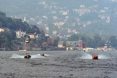 La Cento Miglia del Lario (sirio174 (anche su Lomography)) Tags: centomiglia lario lago lake como lagodicomo comolake sport motonautica motoscafi barche boats italia italy imbarcazioni scafi elicottero