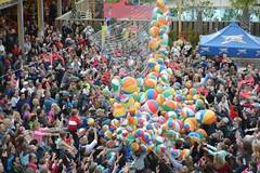 LuLu's Noon Year's Eve Beach Ball Drop 2016-9