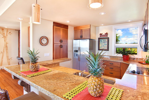 Tropical Resort Condo - Kitchen