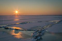 Balaton, Hungary (zedspics) Tags: balaton gyenesdiás magyarország hungary plattensee ungarn sunset zedspics allrightsreserved 1701 winter ice snow