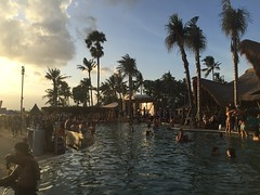 IMG_5298 (Bali .com - Snapshots from the Island of the Gods) Tags: finns beach balibeach canggu bali balicom balidotcom sunset beachclubs balisunsets wisata baliwisata