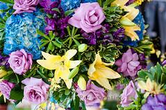 Arranje-se (Centim) Tags: bh belohorizonte minasgerais mg brasil br cidade estado país sudeste capital continentesulamericano américadosul foto fotografia nikon d90 flores arranjo arranjodeflores