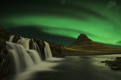 Kirkjufell Islande (EtienneR68) Tags: d810 iceland islande kirkjufell montagne waterfall aurora cascade eau landscape mountain nature nikon paysage water