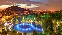 Пловдив, Plovdiv (StoianStoianov) Tags: plovdiv bulgaria пловдив българия winter snow сняг зима къщи тепета вечер магия приказка city town лято пролет есен фонтани пеещи