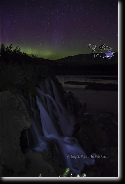 nightphotography usa landscape waterfall unitedstates idaho snakeriver northernlights auroraborealis swanvalley purplesky greenlights purplelights silkywater