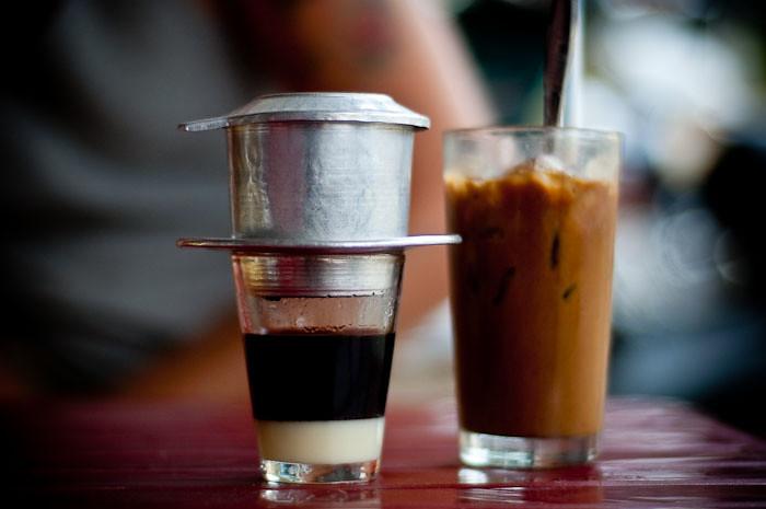 3Nay món bánh quẫy chấm cà phê sữa rất khó tìm thấy