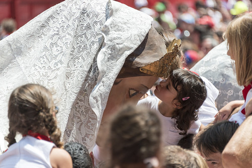 """SAN FERMIN 2015 14 • <a style=""""font-size:0.8em;"""" href=""""http://www.flickr.com/photos/39020941@N05/19072500263/"""" target=""""_blank"""">View on Flickr</a>"""