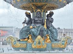 Fontaine, Place de la Concorde, Paris. (France-) Tags: paris france water eau fontaine placedelaconcorde 225 publicsquare fontainedesmers