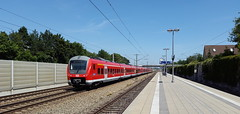 Fugger-Express 0 440 003-2 D-DB, Gernlinden b. Maisach [DE] (dolanansepur) Tags: railroad train br continental rail railway zug db german express re alstom bahn 440 regional deutsche coradia