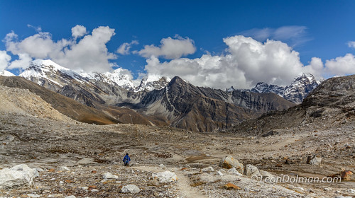 2016-10-11 - Renjola Gokyo Everest BC trek - Day 08 - Lumde to Gokyo over Renjo La Pass - 125444.jpg