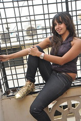 South Actress SANJJANAA Unedited Hot Exclusive Sexy Photos Set-15 (32)