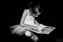 Reading (davcsl) Tags: blackwhite bw biancoenero child childshappiness davcsl people monochrome monotones model fille fillette noiretblanc nb